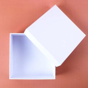 beyaz mukavva kutu kapak2