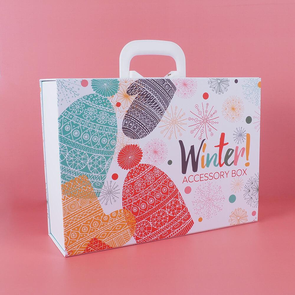 kış temalı çantalı mukavva kutu
