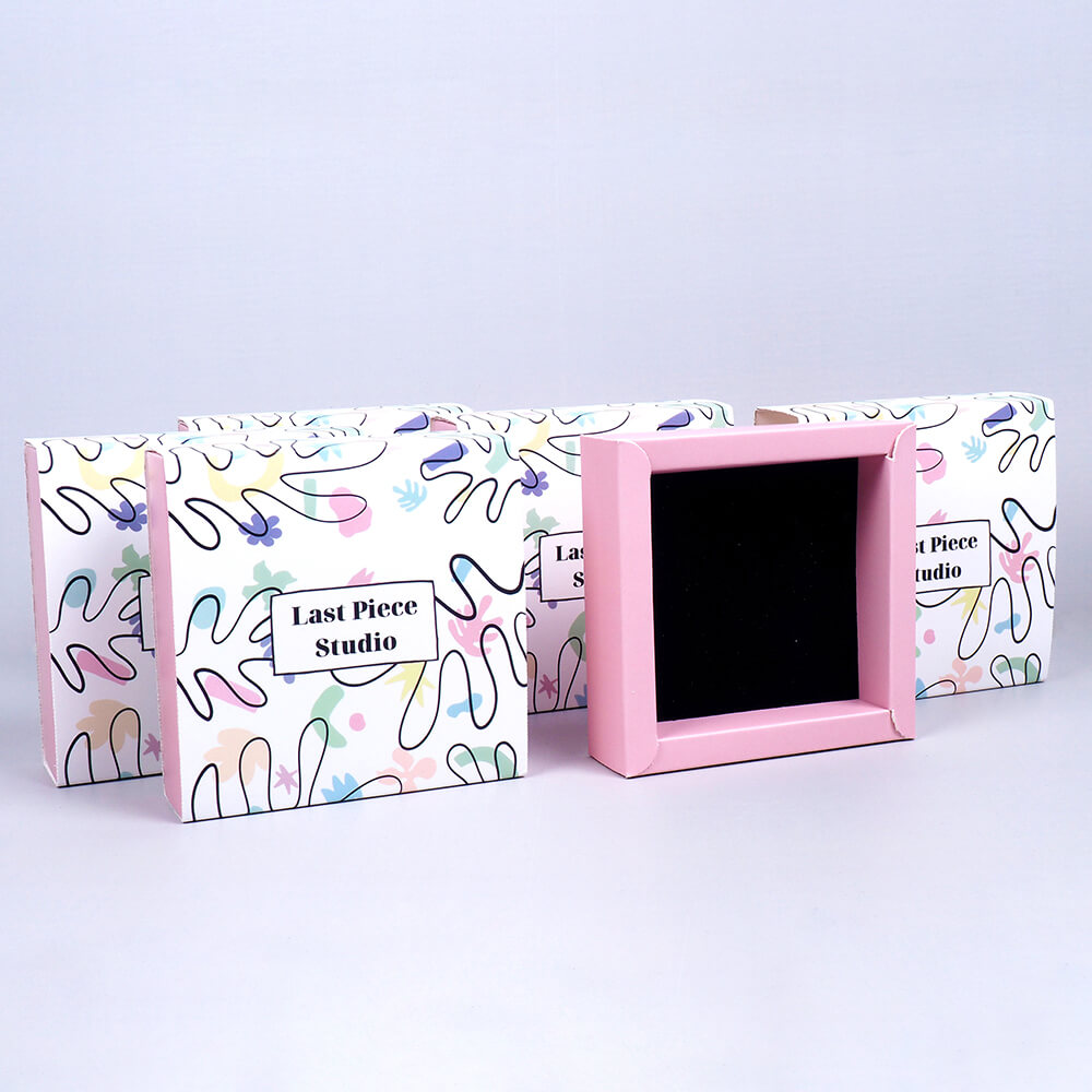 last piece studio duvarlı kutu tasarımı3