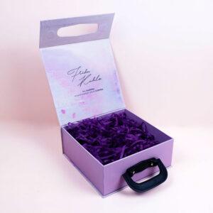 kadınlar günü konseptli kutu tasarımı4