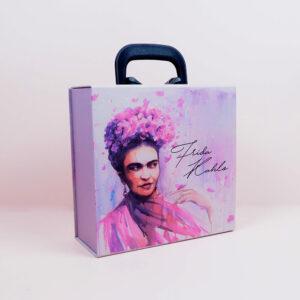 kadınlar günü konseptli kutu tasarımı5