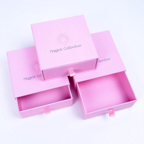pembe kurdelalı takı kutusu modeli3