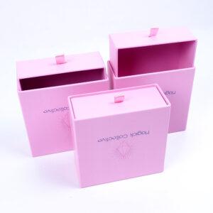 pembe kurdelalı takı kutusu modeli4