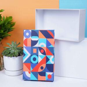 renkli desenli hediye kutusu2